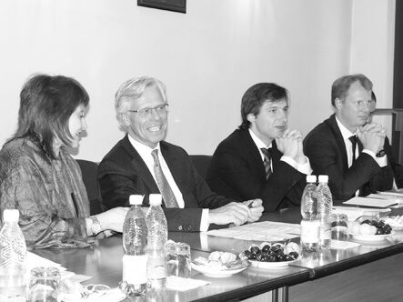 Министр К.Садыков встретился с Верховным комиссаром ОБСЕ